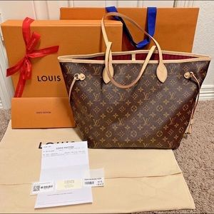 • Authentic Louis Vuitton Neverfull MM Monogram •